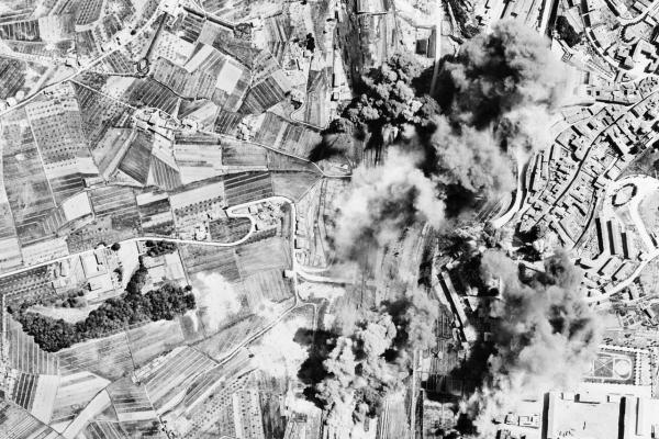 Kdo bombardoval Československo na konci druhé světové války