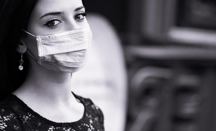 Proč si na pusu nenasadím respirátor